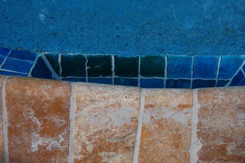 pool04.jpg